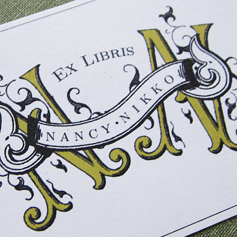 Personalized book plate with Marie Antoinette style monogram letters and name, Set of 24