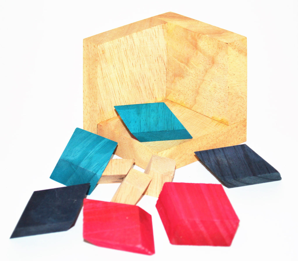 Leaning Pyramid - Wooden Puzzle