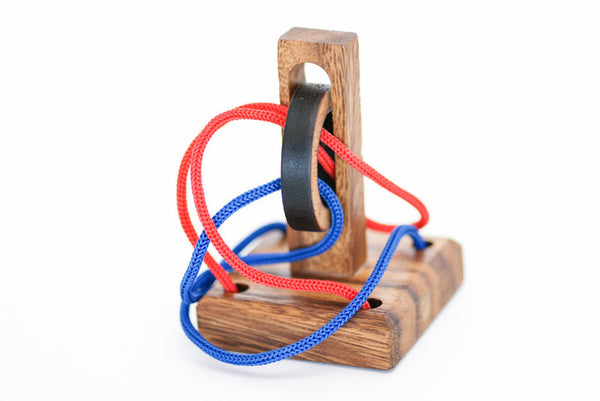 Crazy Ring Wooden String Puzzle Solve It Think Out Of