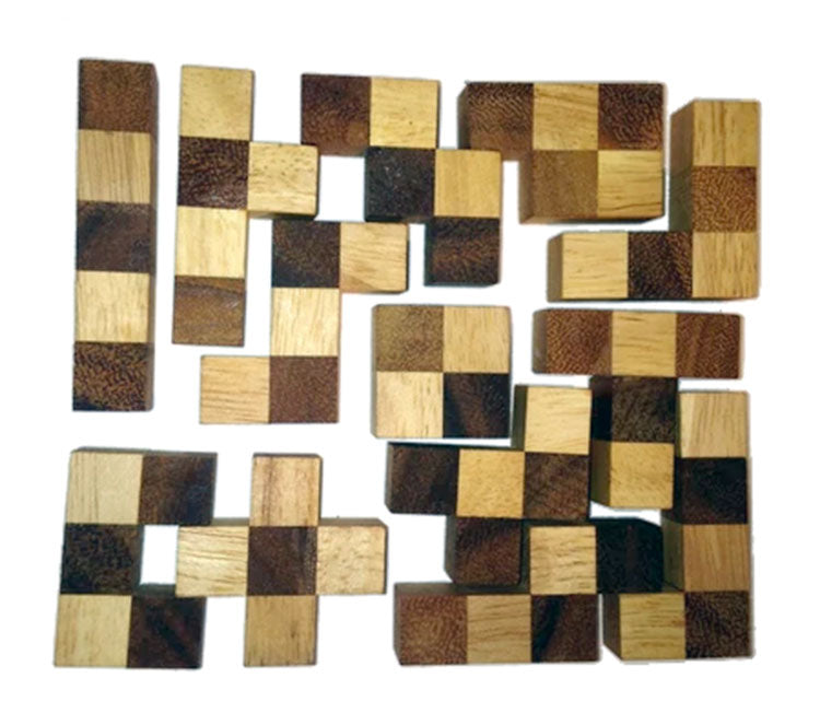 Pentomino - Wooden Chess Puzzle