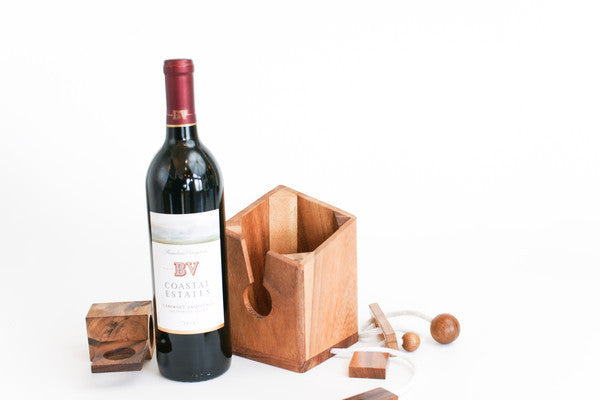 Don't break the bottle - Wine Puzzle - Wooden Brain Teaser