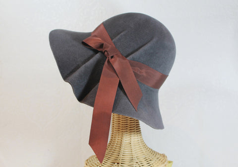 wide brim pleated hat ~ Hedy