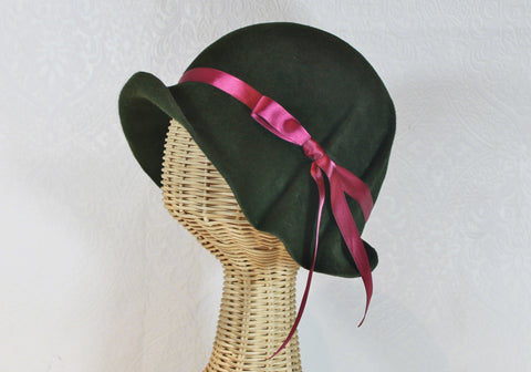 pleated velour felt cloche ~ Ingrid