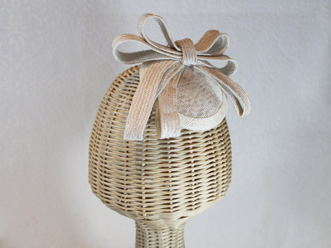 ivory bow fascinator ~ Royal