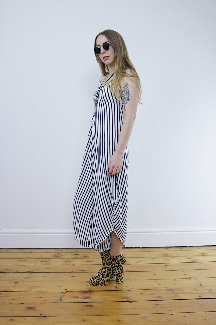Vintage 90's Black & White Striped Jumpsuit - Tigers Eye | Boho & Grunge Vintage Clothing & T-shirts for Women (2)