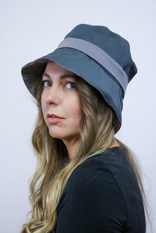 Vintage 90's Grey Dogtooth Bucket Hat - Tigers Eye | Boho & Grunge Vintage Clothing & T-shirts for Women