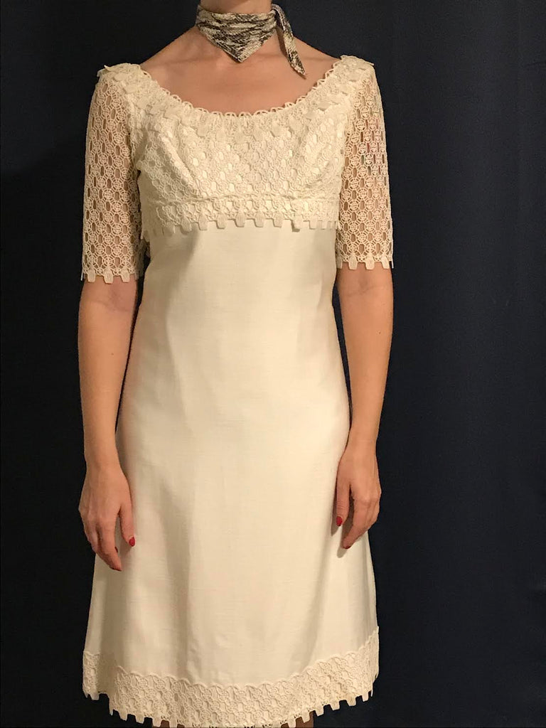 Beautiful 1960s cream silk and lace dress