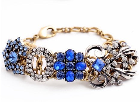 Gorgeous blue crystal vintage look bracelet