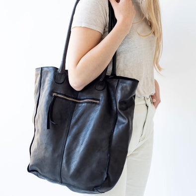 BOSTON TOTE | BLACK