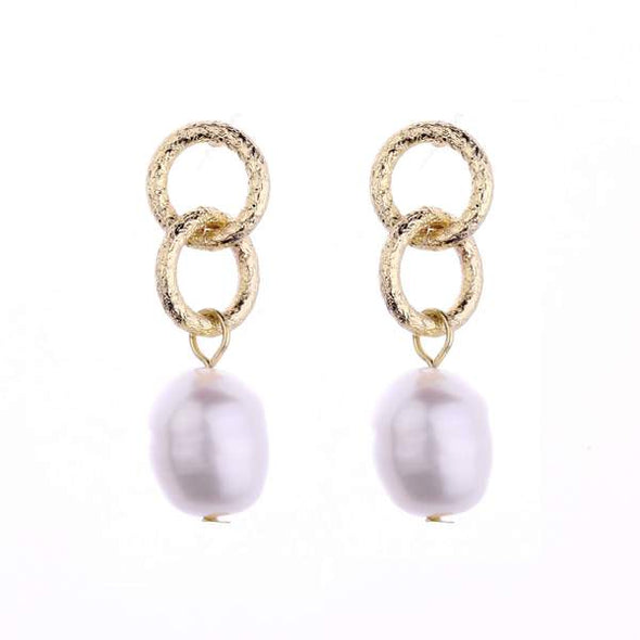 DIANA FRESHWATER PEARL EARRINGS