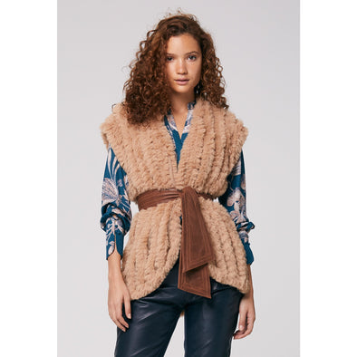 PIONEER FAUX FUR GILET WITH L/BELT-DESERT