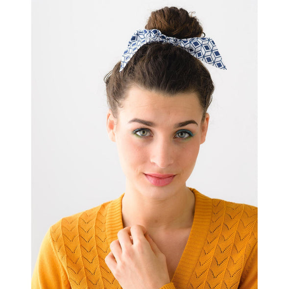 SCRUNCHIE WITH BOW DIAMOND