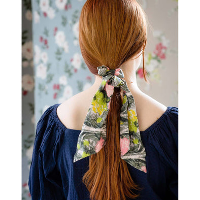SCRUNCHIE WITH SCARF IN ROSALIE