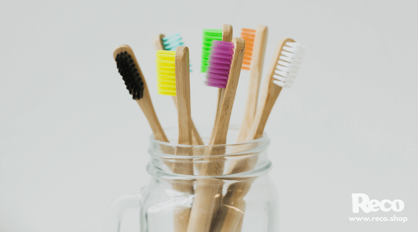 37 Hacks for an Old Used Toothbrush