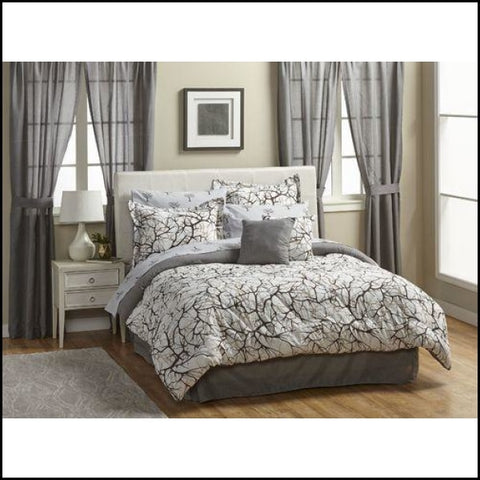 Thomasville Shady Grove 20-Pieces Bedroom Set - Furniture
