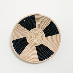"14"" Black and Natural Round Basket"