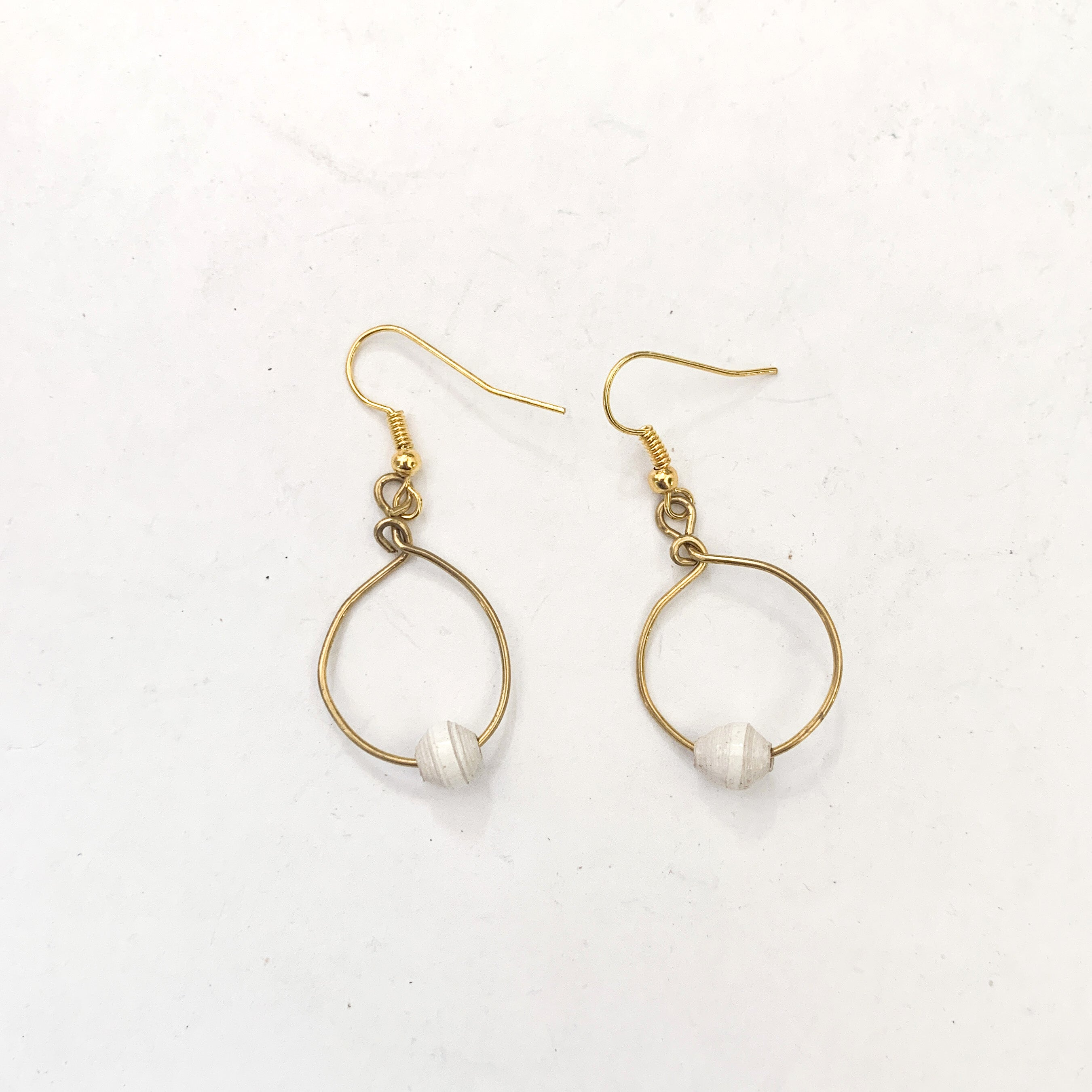 Small Twere Earrings - various colours/brass wire