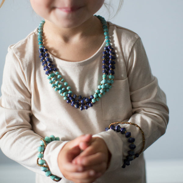 KIDS blue paper bead necklace