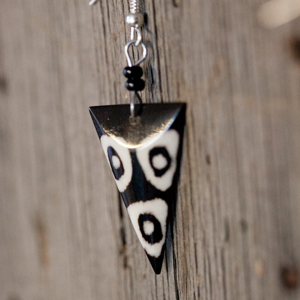 Earrings - black and white circles