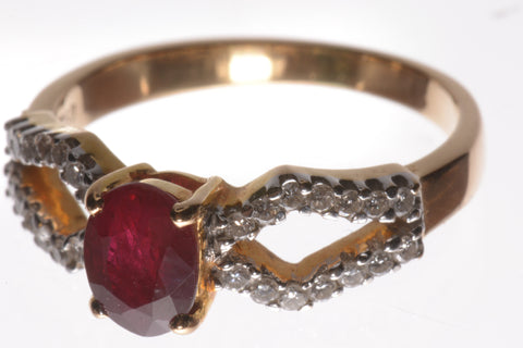 18K Yellow Gold Diamond & Ruby Dress Ring R1165