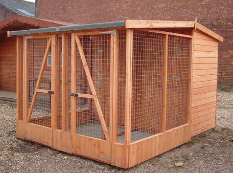 Double pent dog hut, two 4'x4' & 4'x6' covered run