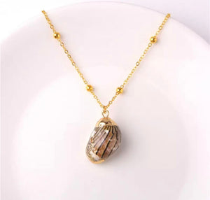 Beach Pendant Shell Necklace