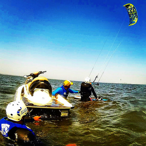 Kiteboarding dating