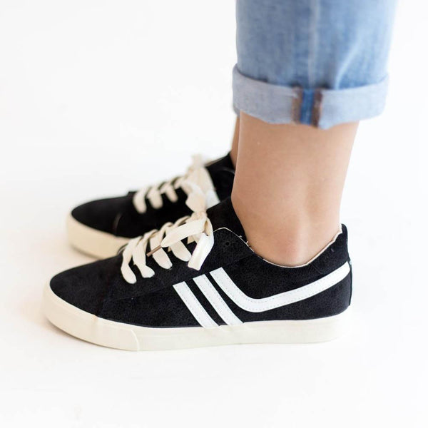 New Striped Casual Shoes