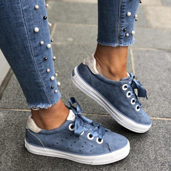 Solid Color Lace-up Flats Sneakers