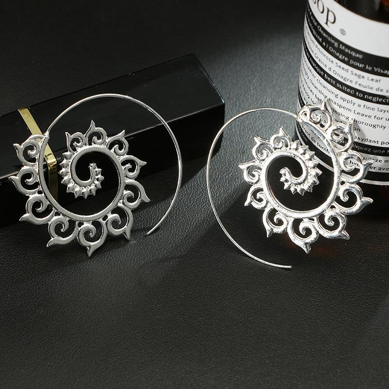 New Exaggerated Swirl Earring Simple Snail Spiral Ear Cuff Earrings