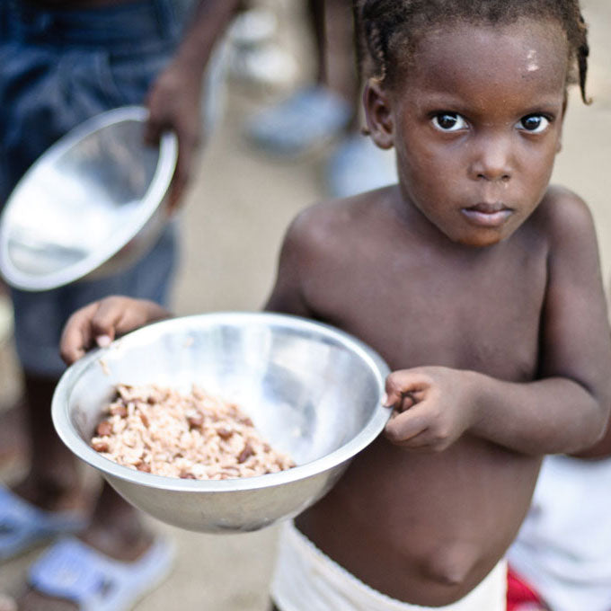 Provide a Feeding Station for a Community in La Gonave.