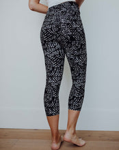 Load image into Gallery viewer, Sassy Capri Leggings