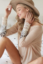 Load image into Gallery viewer, Taupe leopard & crochet cuff top PREORDER