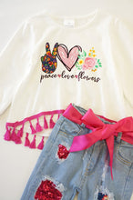 Load image into Gallery viewer, Peace love floral tassel denim set