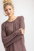 Load image into Gallery viewer, MOCHA VINTAGE FLORAL LONG SLEEVE TEE