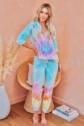 PEACE + LOVE Tie dye jogger set