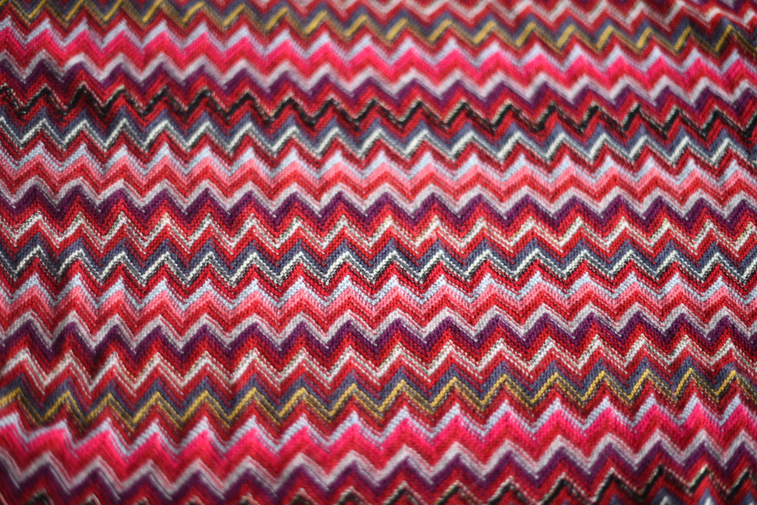 Honey, I see pyramids (Red and Co) - Wool