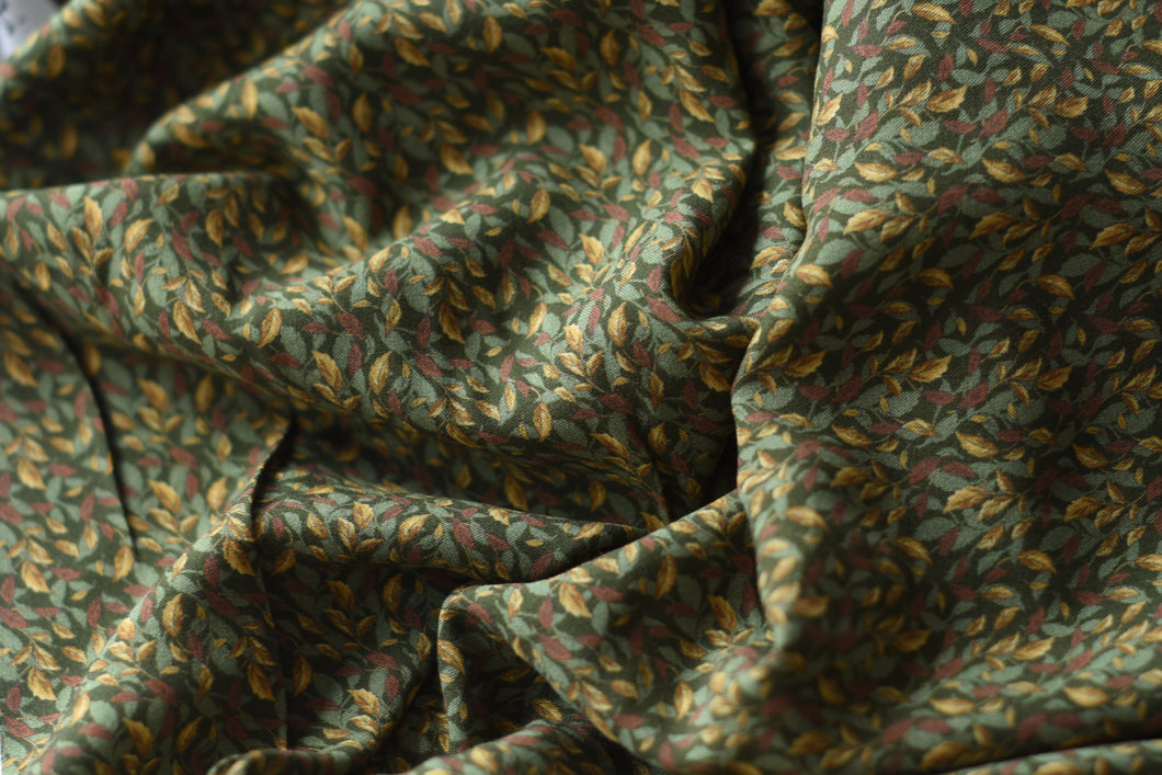 Autumn Has Come With Leaves (Green)  -  Viscose