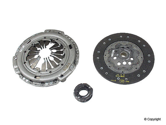 Sachs Borg & Beck Clutch Kit - VW Mk4 Golf/Jetta 1.8T 5-Speed (7/2000-2004) (225mm)