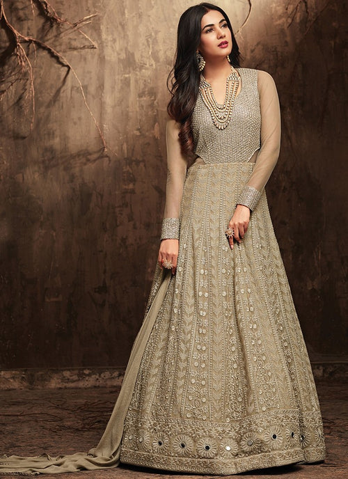 Silvery Grey Hues With Rustic Embroidered Detail Flared Kaliyaari Anarkali Suit Set