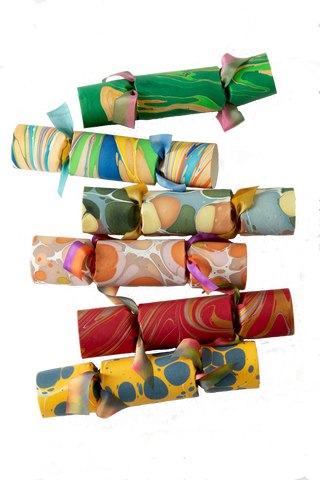 Rebecca Gardner Houses & Parties Set of 6 Marbled Party Crackers