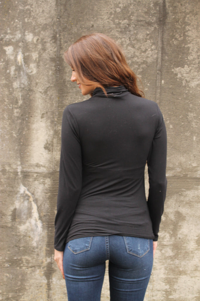 Black Turtle Long Sleeve Top