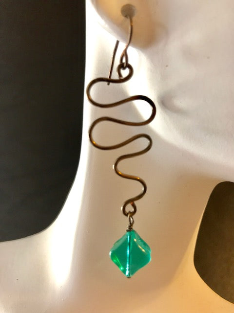 Wire squiggle green diamond crystal earrings