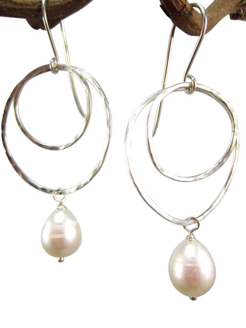 Hammered silver double circle pearl drop earrings