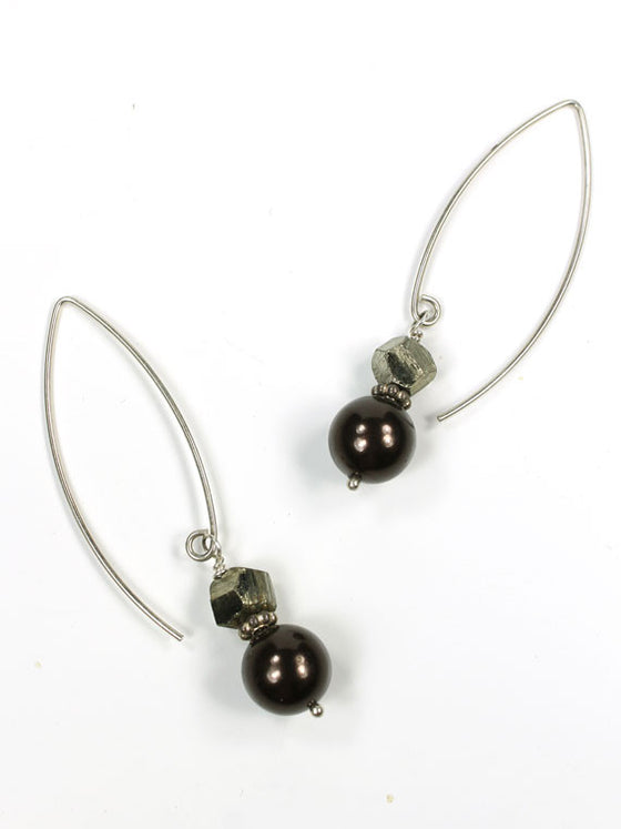 Brown pearl and pyrite earrings