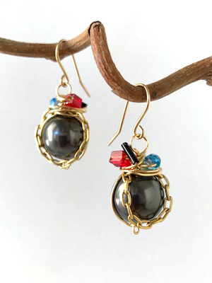 Black pearl, wired and chain earrings