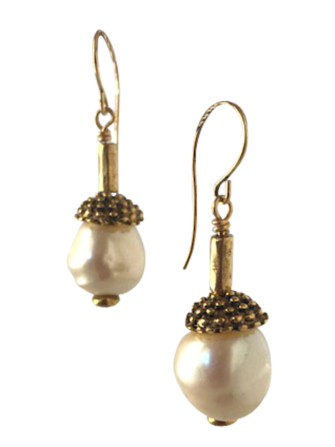 White pearl dotted cap and tube earrings