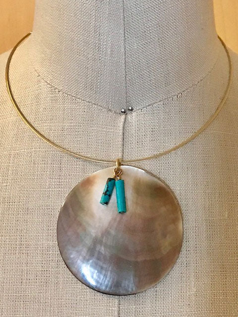 Mother of pearl and turquoise accents necklace