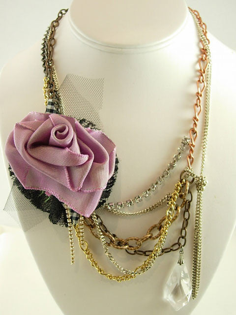 N140 Lilac rose with chains necklace