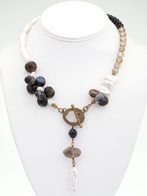 N213 Brown, black and white front toggle necklace